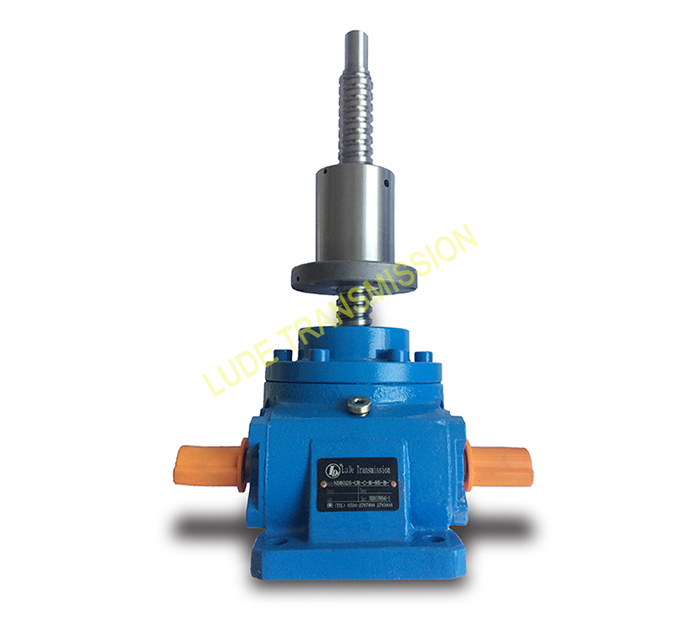 ball worm screw lift